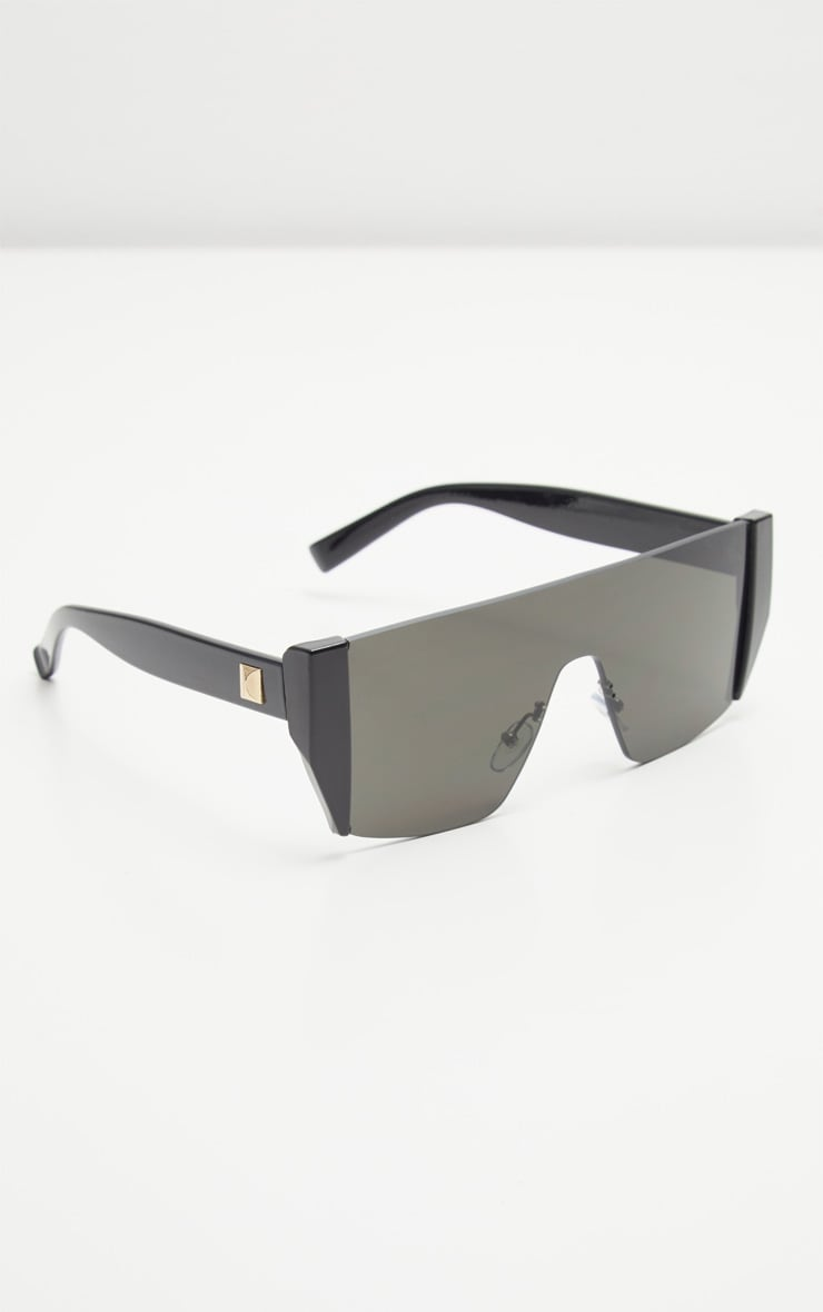 Black Flat Top Statement Sunglasses 2