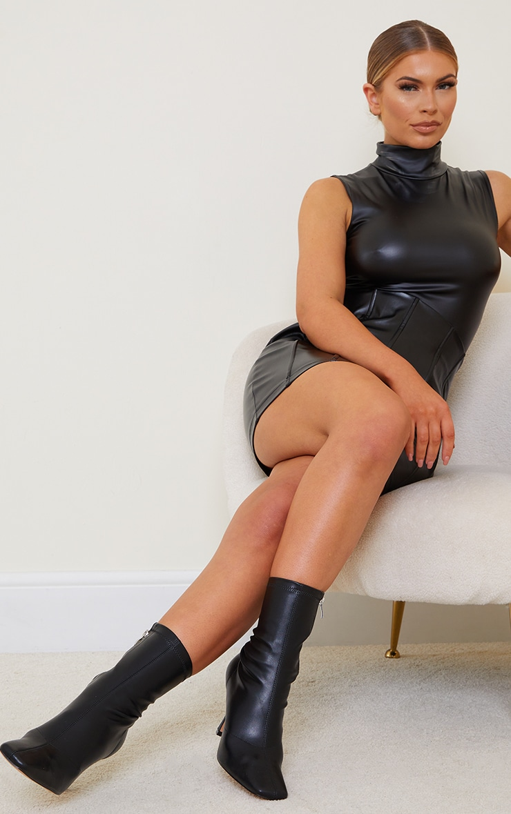 Black PU Mid Heel Square Toe Ankle Boots 1