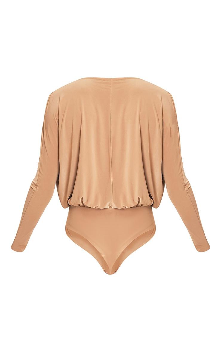 Talia body camel à manches longues et devant croisé 4