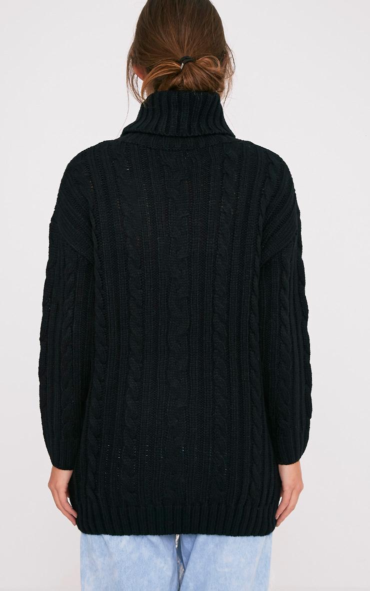 Leilania pull noir en grosse maille avec anneaux 2