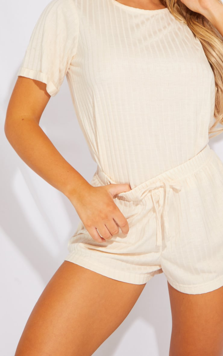 Cream Short Sleeve Top And Shorts 4