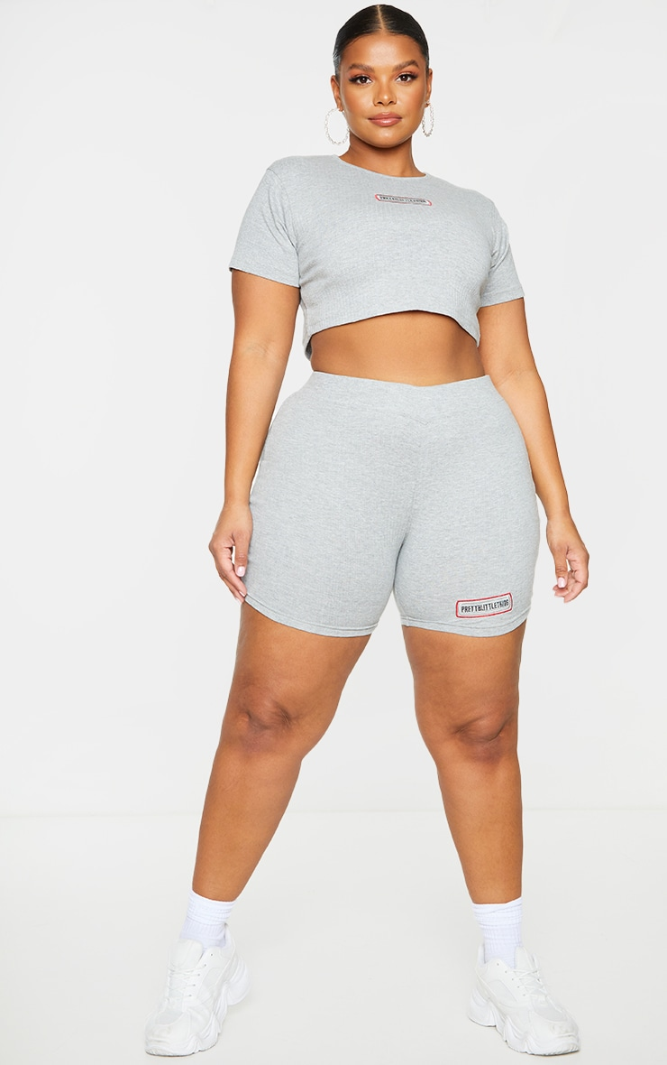 PRETTYLITTLETHING Plus Grey Ribbed Short Sleeve Crop Top 3