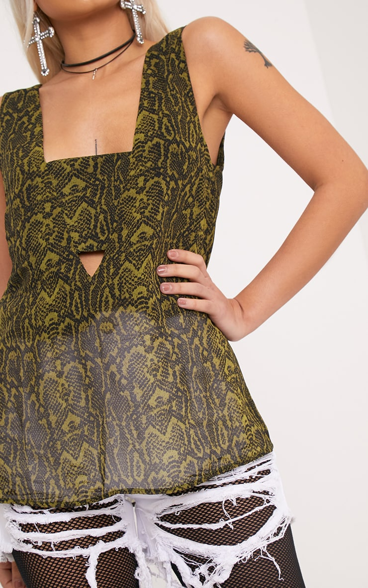 Claire Green Snakeskin V Back Woven Top 5