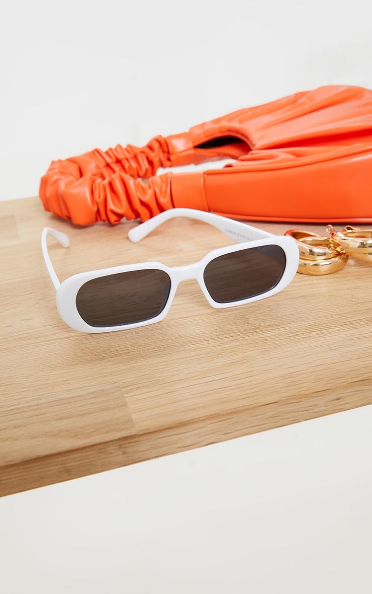 White Round Frame Slim Sunglasses 3