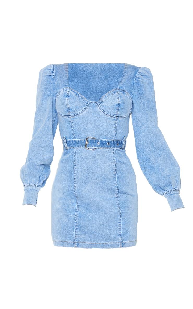 Robe en jean bleu très délavé à manches bouffantes 5