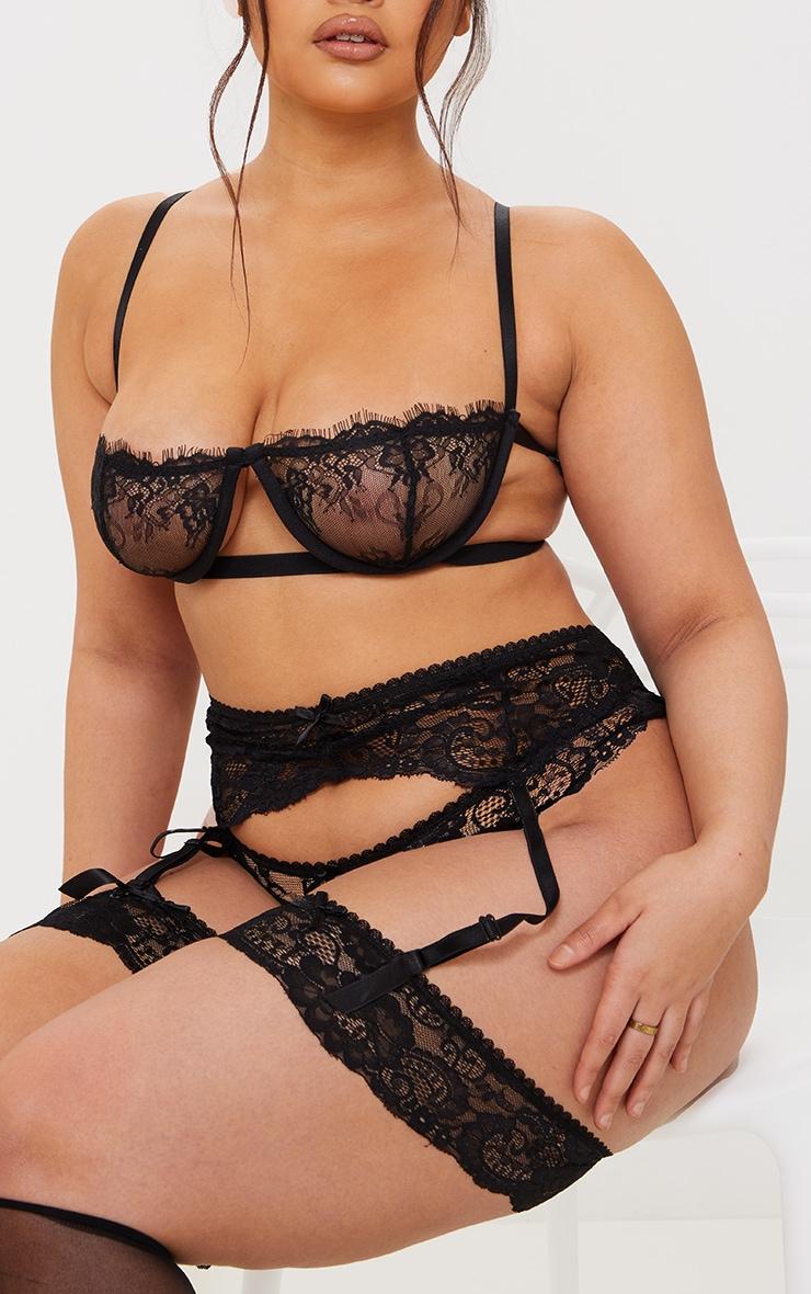 PLT Plus - Ensemble lingerie noir à porte-jarretelles, bas autofixants & culotte 4