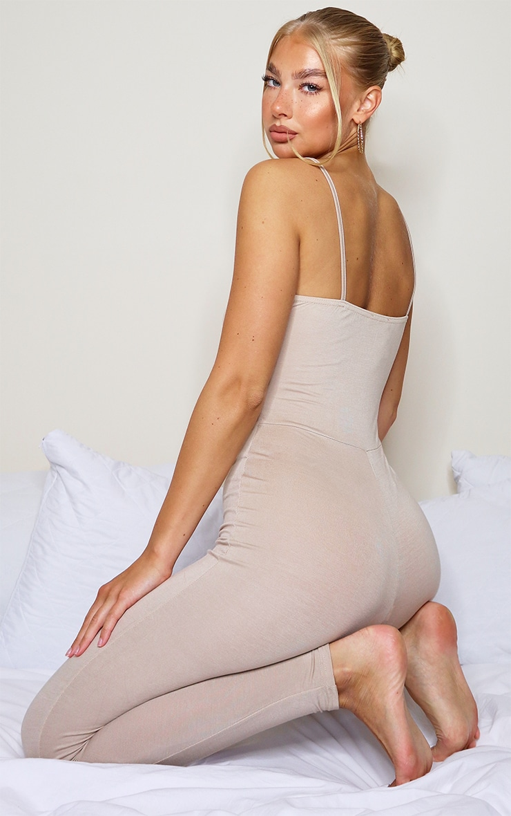 Stone Basic Strappy Plunge Jumpsuit 2