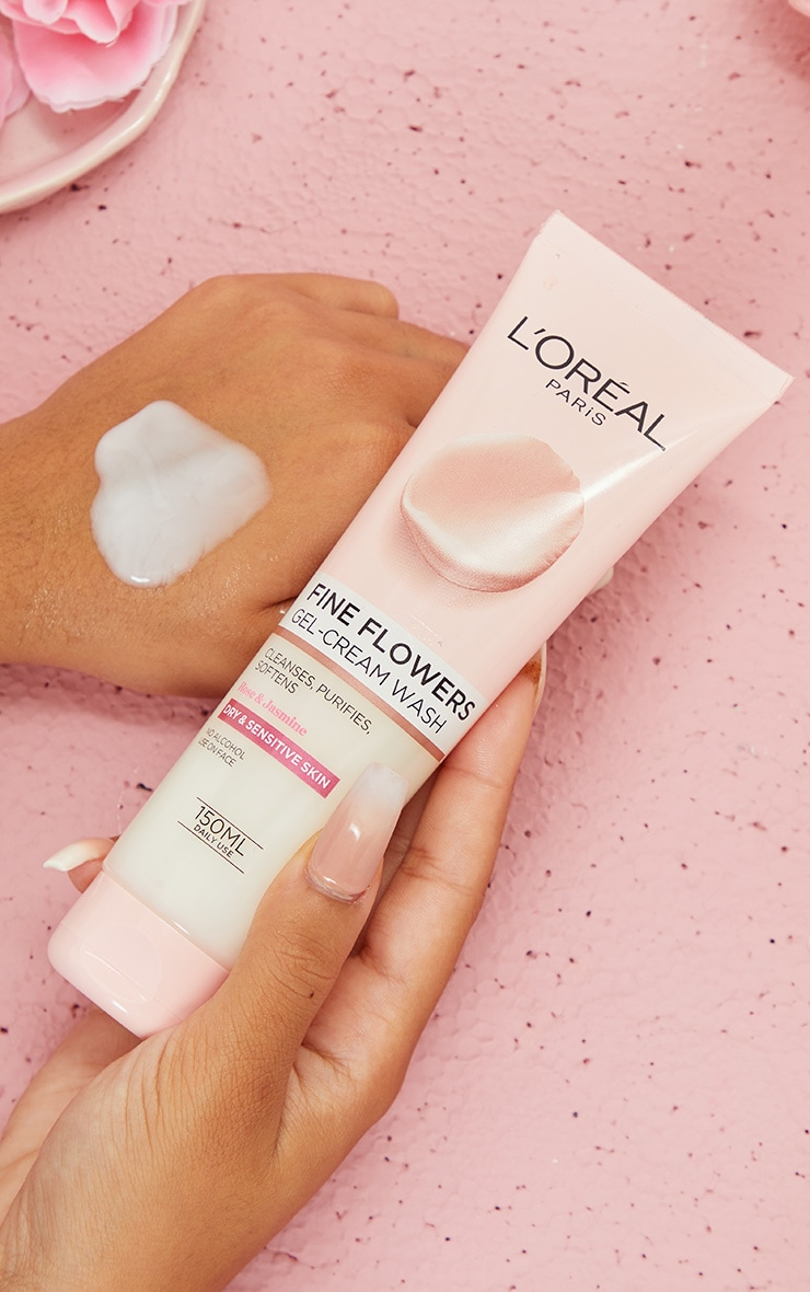 L'Oreal Paris Fine Flowers Cleansing Gel-Cream Wash 150ml 1
