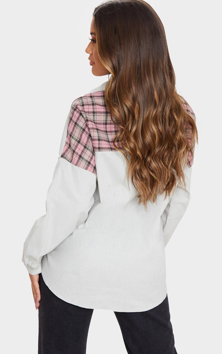 Chemise oversize grise à partie carreaux contrastante 2