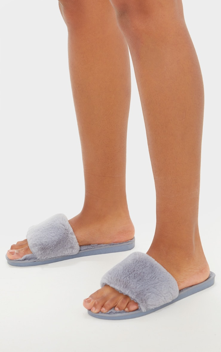 Light Grey Fluffy Slider Slippers 2
