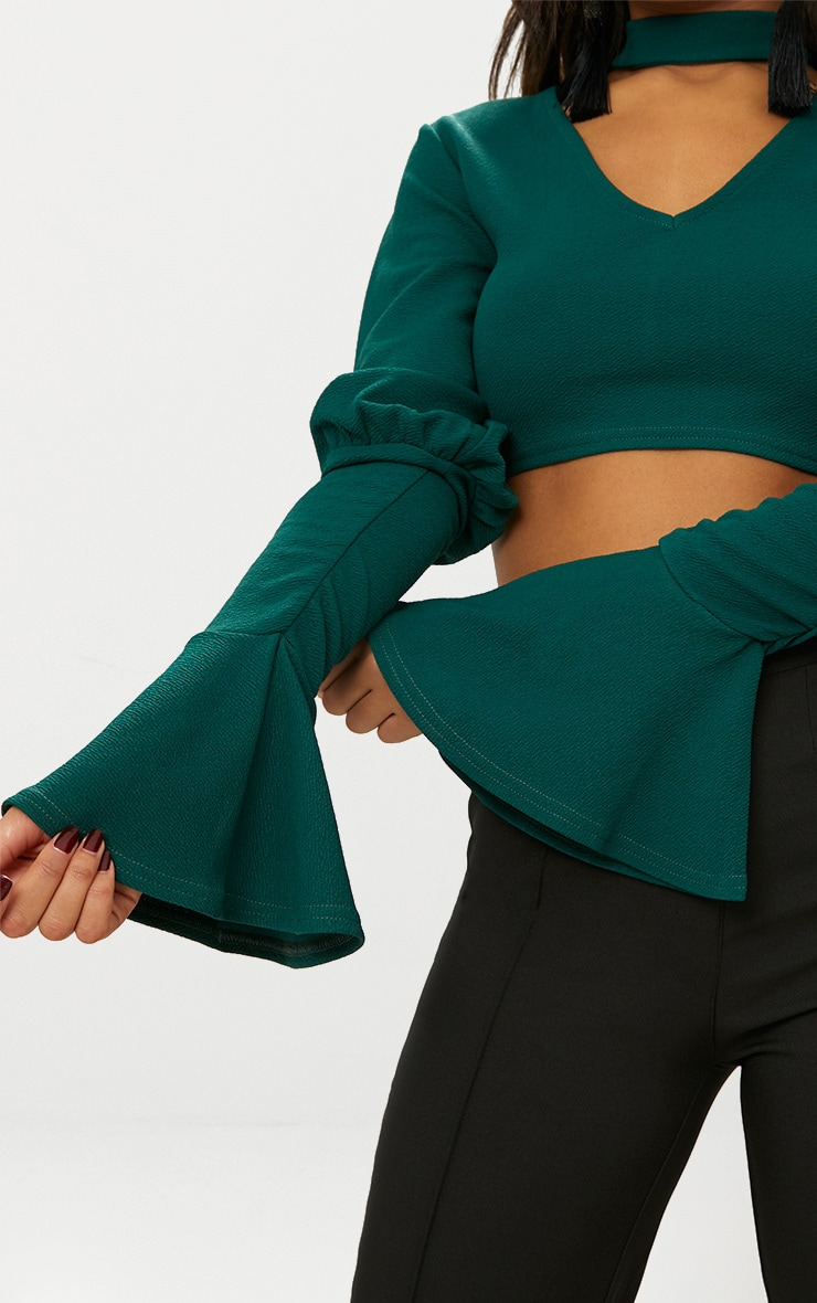 Emerald Green Choker Ruched Sleeve V Neck Crop Top 5