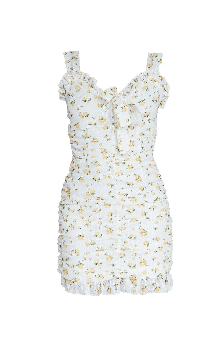 Robe moulante froncée blanche à broderie anglaise imprimé petites fleurs 5