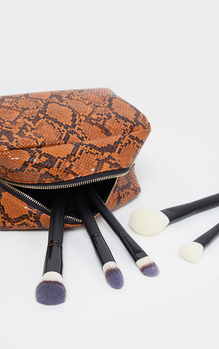 PRETTYLITTLETHING Large Snakeskin Make Up Bag 1