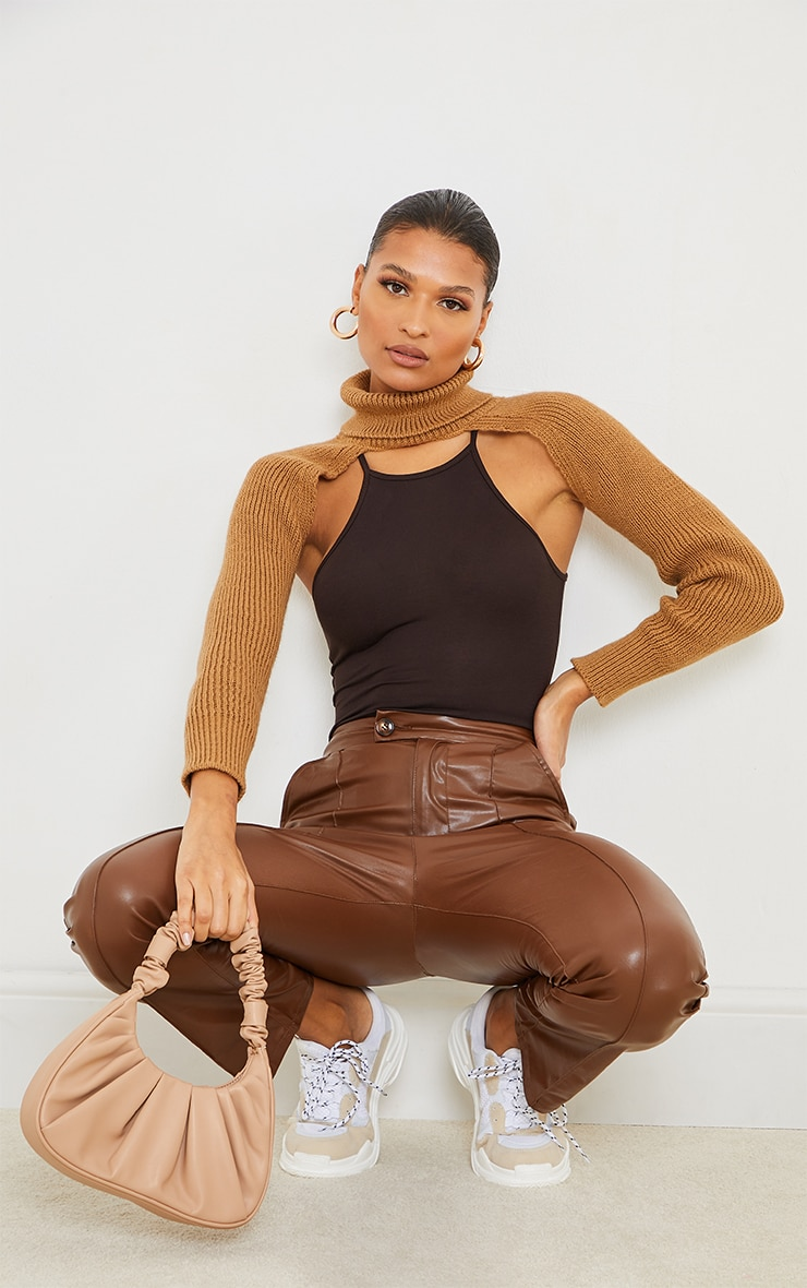 Camel Super Crop Knitted Sleeves 3