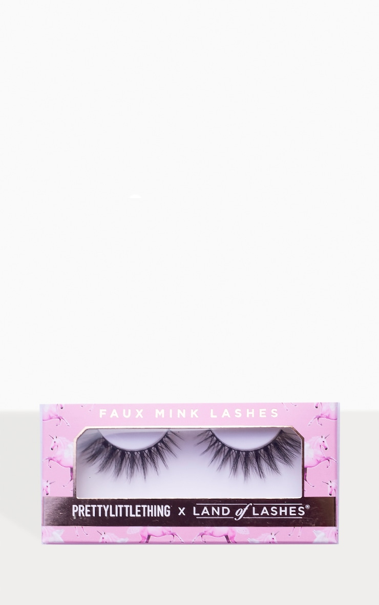 PRETTYLITTLETHING X Land of Lashes Daisy 2