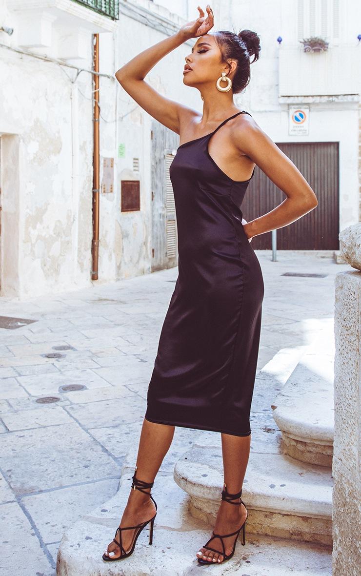 Robe mi-longue asymétrique satinée noire 4