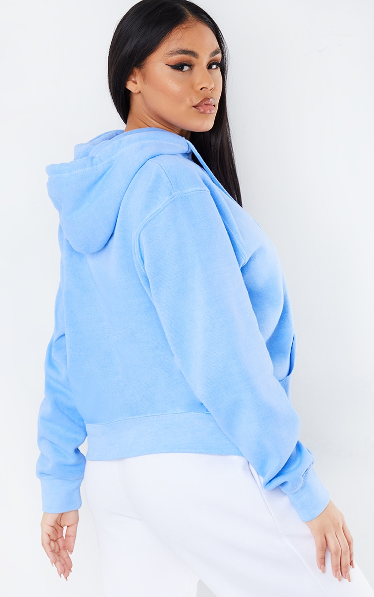 PRETTYLITTLETHING Cornflower Blue Printed Washed Hoodie 2