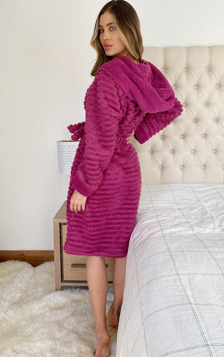 Purple Ribbed Fluffy Dressing Gown 2
