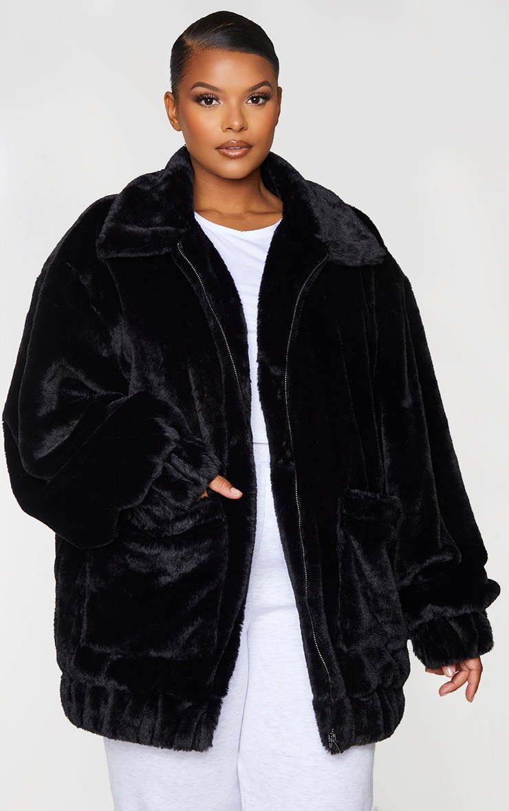 Plus Black Pocket Front Faux Fur Coat 3
