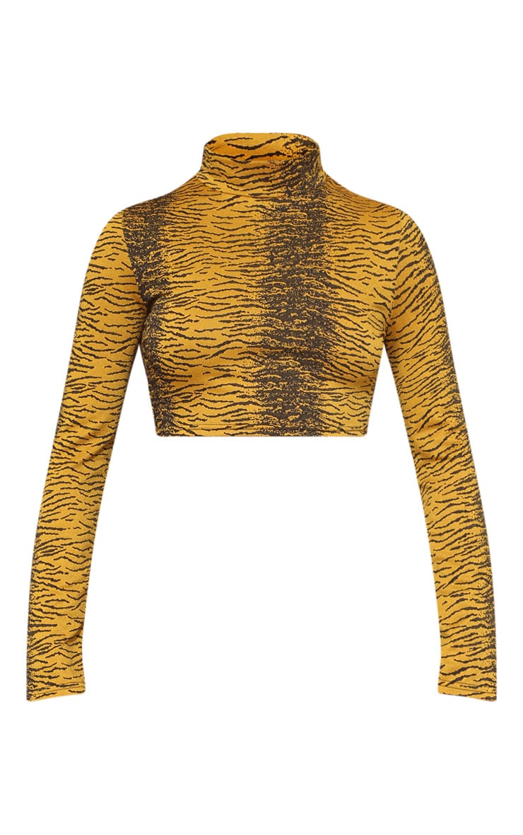 Plus Tiger Roll Neck Long Sleeve Crop Top 3