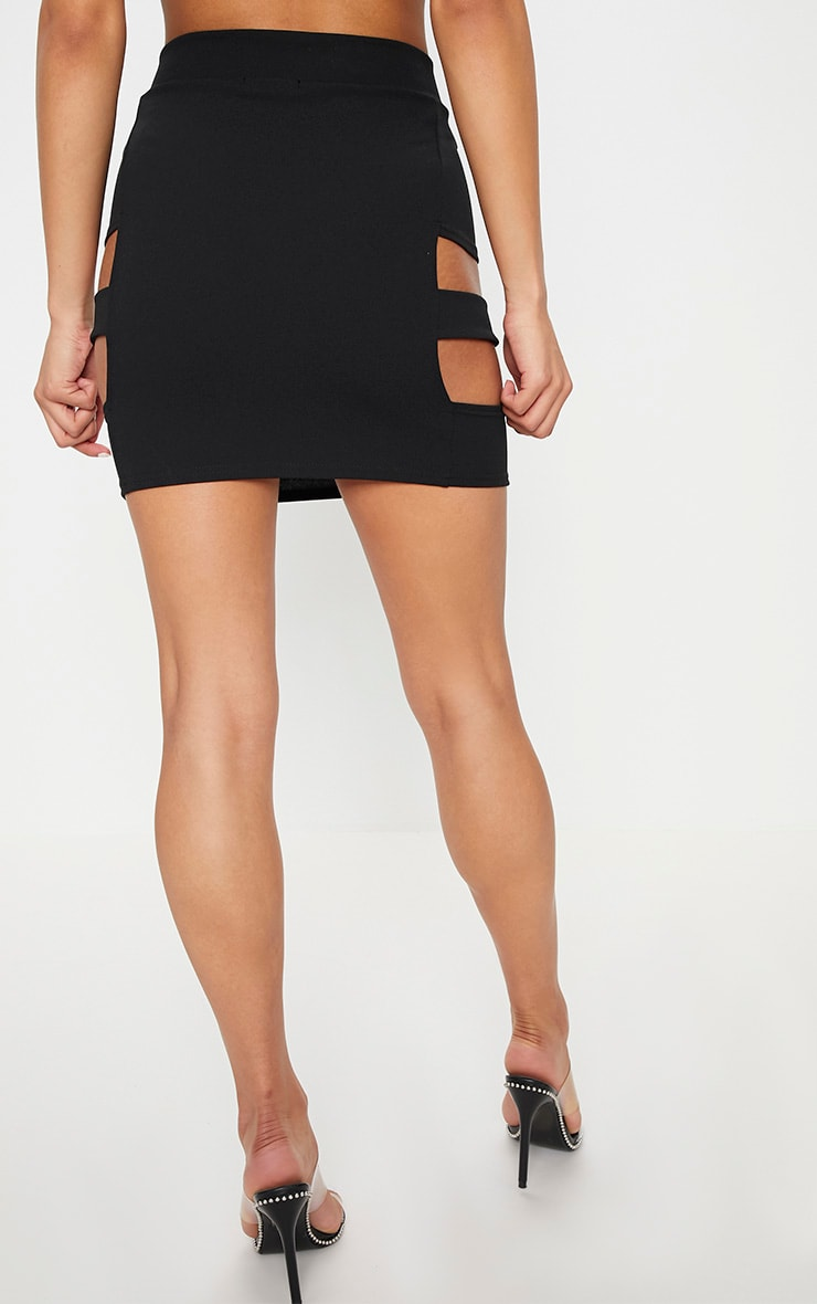 Black Crepe Cut Out Buckle Detail Mini Skirt 4