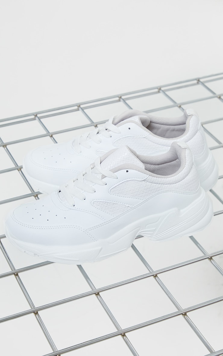 White PU Scale Detail Air Hole Chunky Sneakers 3