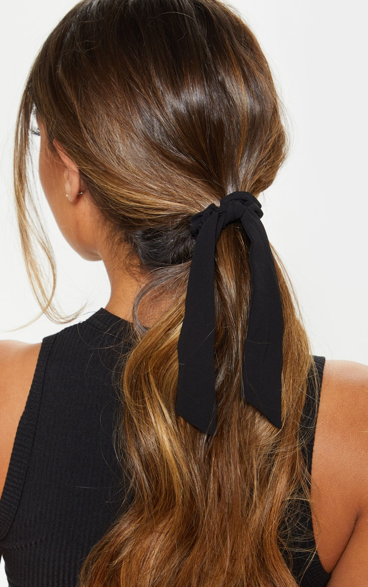 Black Scrunchie And Hair Tie 1