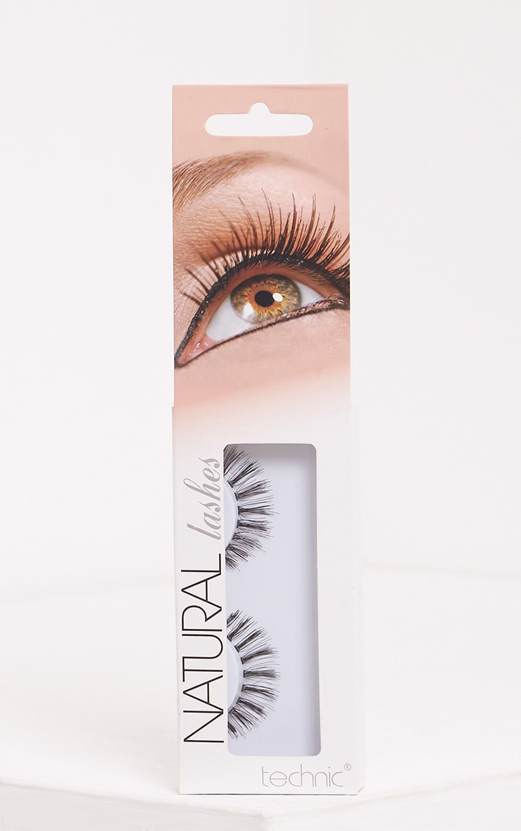 Technic False Lashes 1