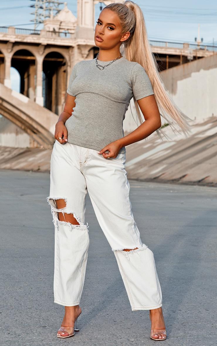Tee-shirt en tricot gris côtelé à liserés