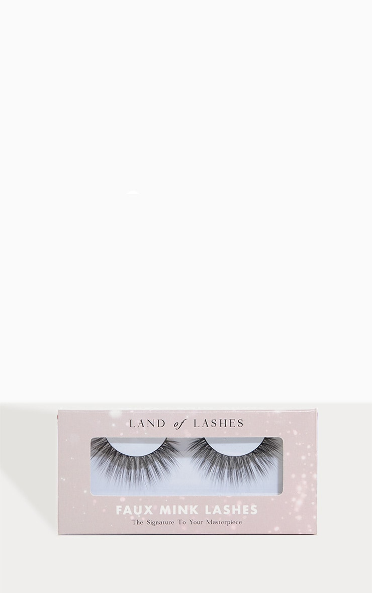 Land of Lashes Icon Lash