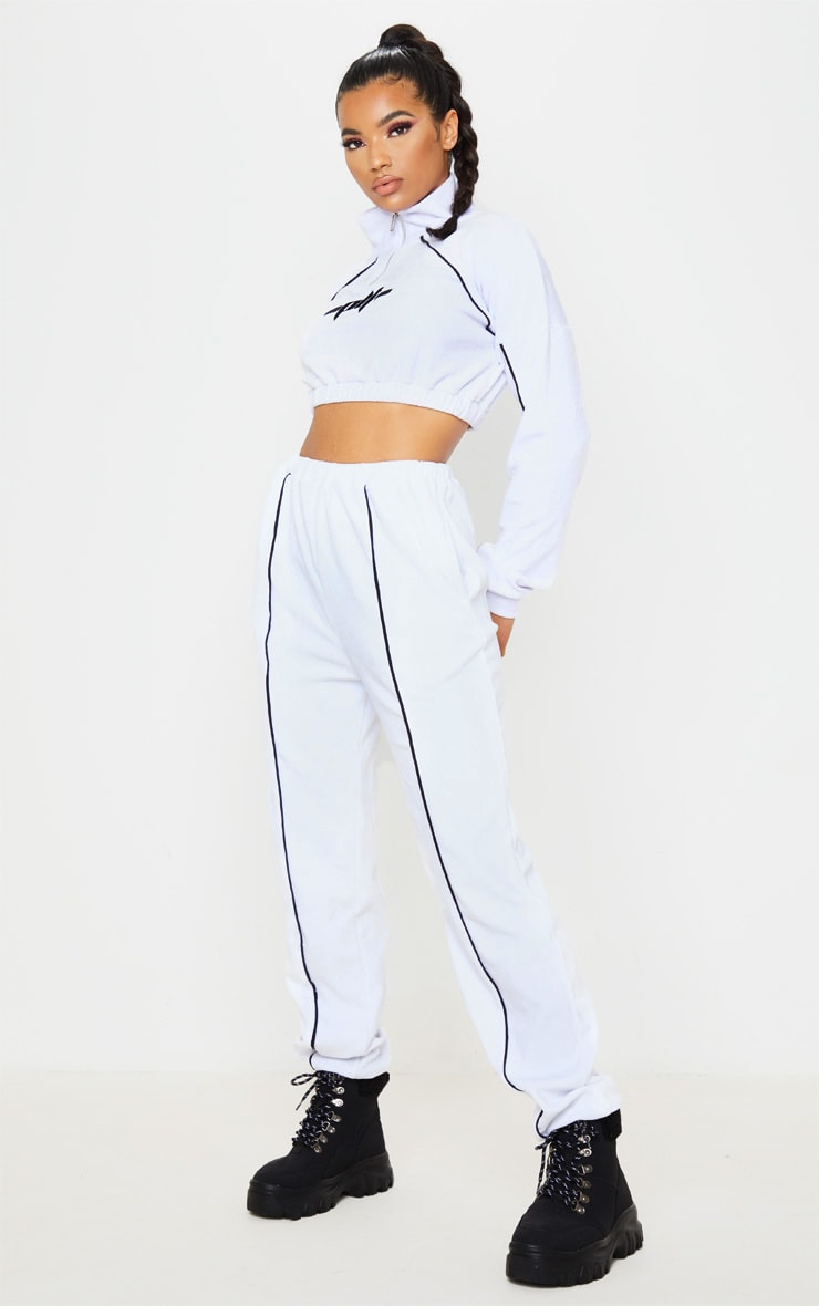PRETTYLITLETHING White Contrast Velour Funnel Neck Stripe Cropped Sweat 4