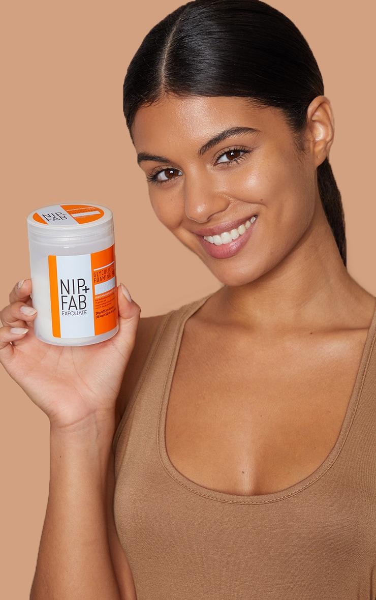 Nip + Fab Glycolic Fix Foaming Pads  4