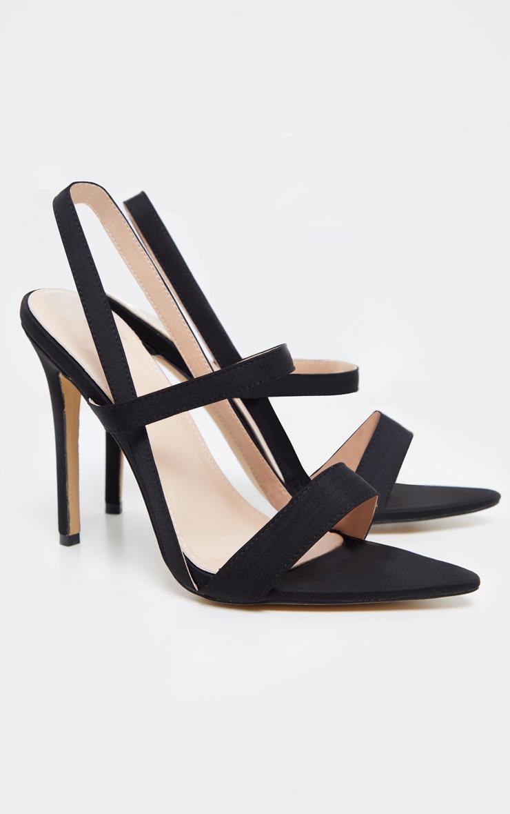 Sandales noires pointues à brides 3