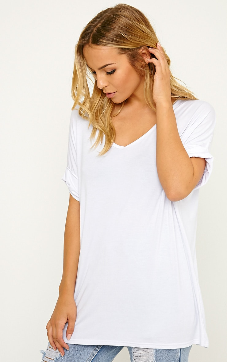 Basic White V-Neck Roll Sleeve T-Shirt 1