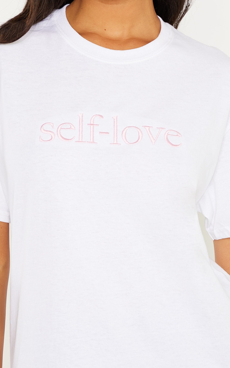 T-shirt blanc à slogan brodé Self Love 4