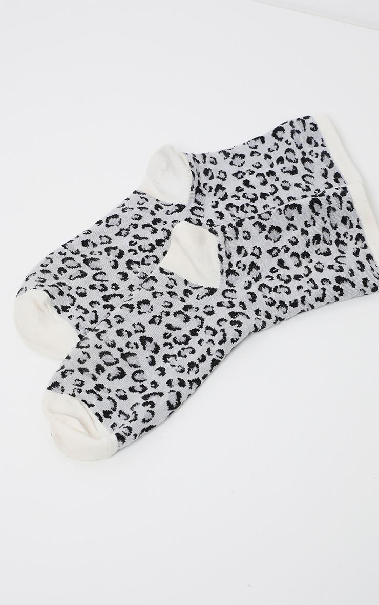 Grey Leopard Print Socks 4