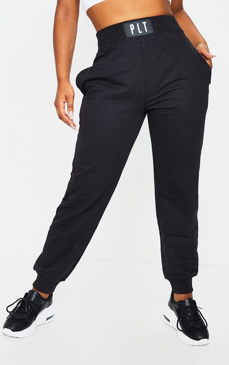 PRETTYLITTLLETHING Black Badge Detail Casual Joggers 2