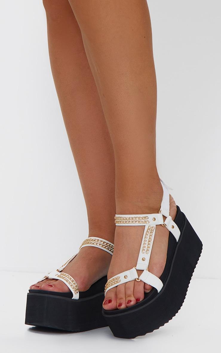 White Triple Sole Flatform Chain Detail Sandals 2