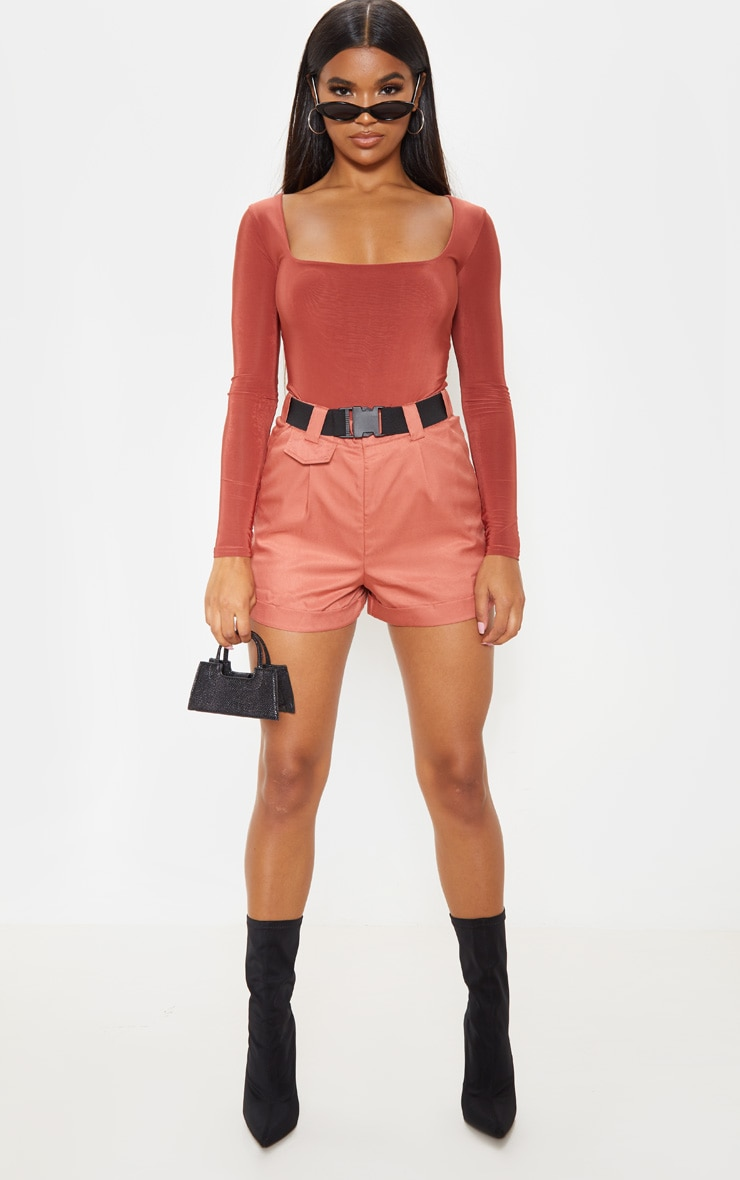 Dusty Rose Woven Belted Turn Up Hem Short  5