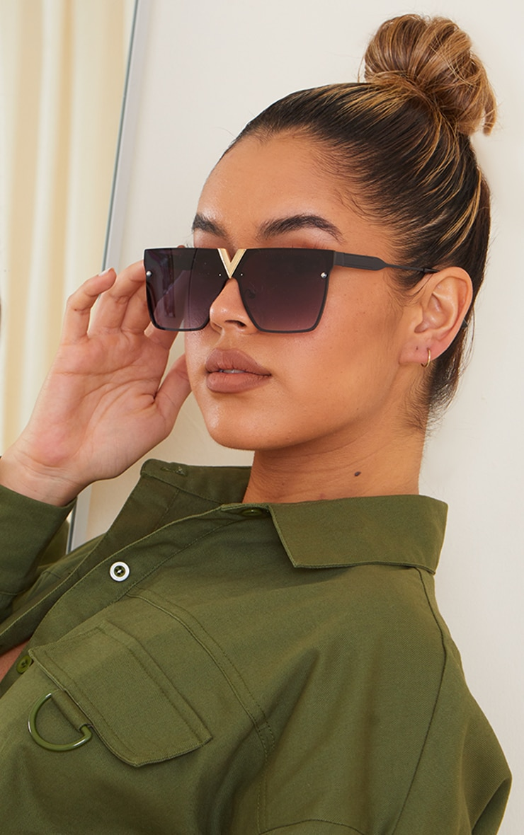 Jeepers Peepers Black Cut Out Trim Square Frame Sunglasses 2
