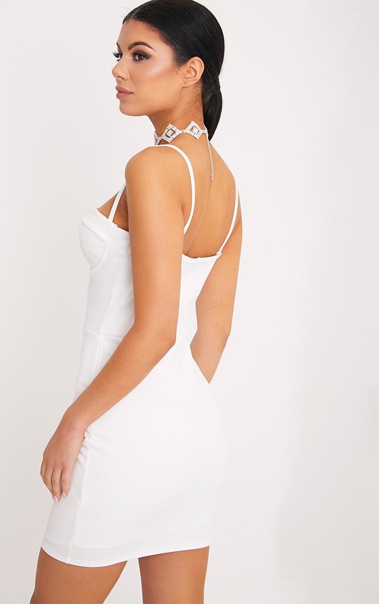 Carrie robe moulante blanche à empiècements en crêpe 2