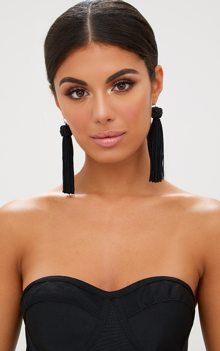 Black Knotted Tassel Earrings 1