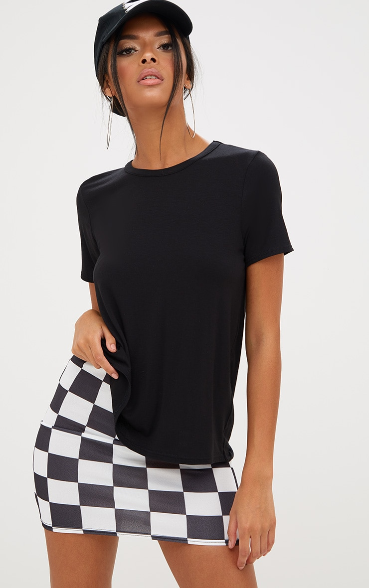 Basic Black Twist Open Back T Shirt 2
