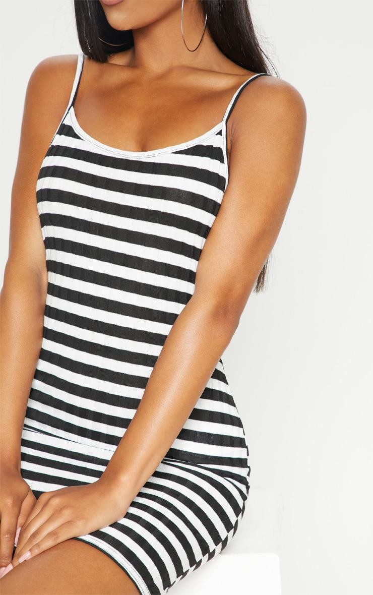Monochrome Knitted striped Rib Dress 5