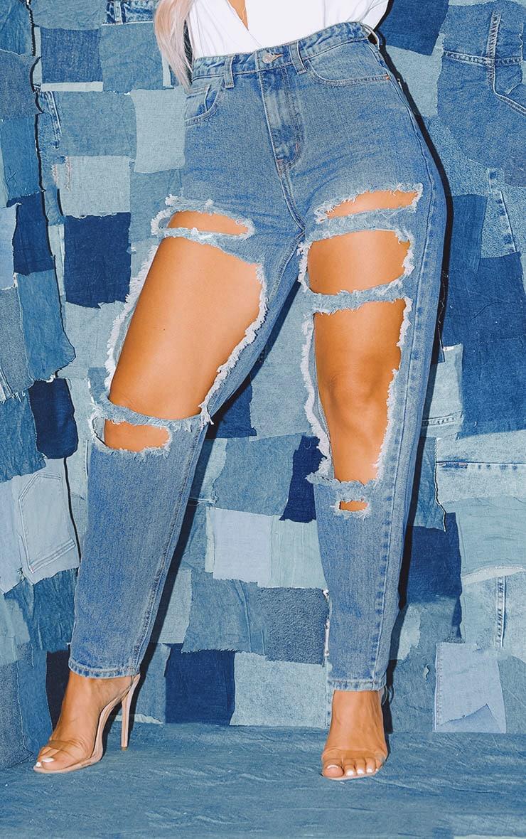 PRETTYLITTLETHING - Jean bleu moyennement délavé ouvert aux cuisses  2