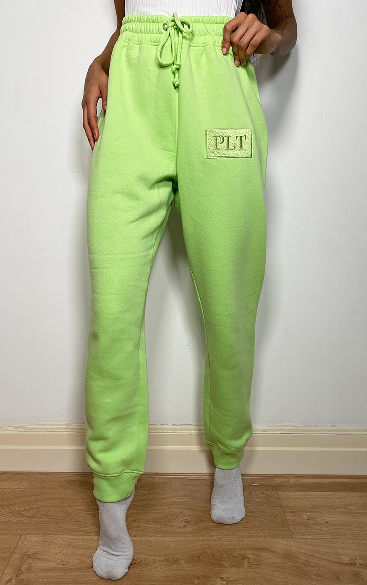 PRETTYLITTLETHING Lime Logo Joggers 2
