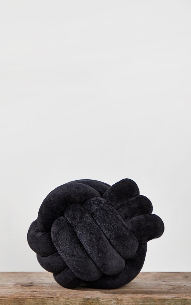 Black Knot Cushion 3