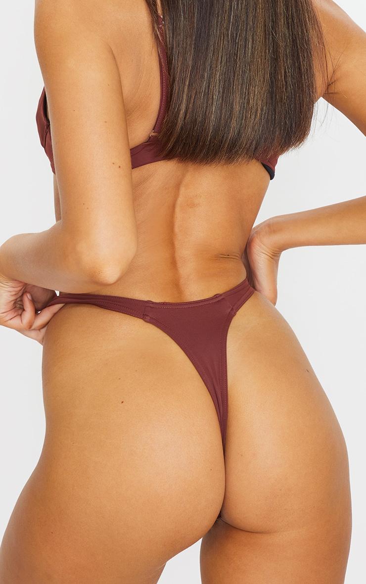Bas de maillot de bain string marron 5