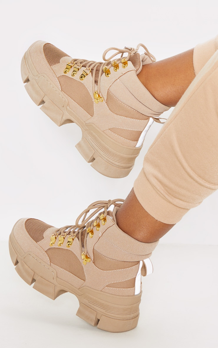 Tan Lace Up Cleated Sole Hiker Boot 1