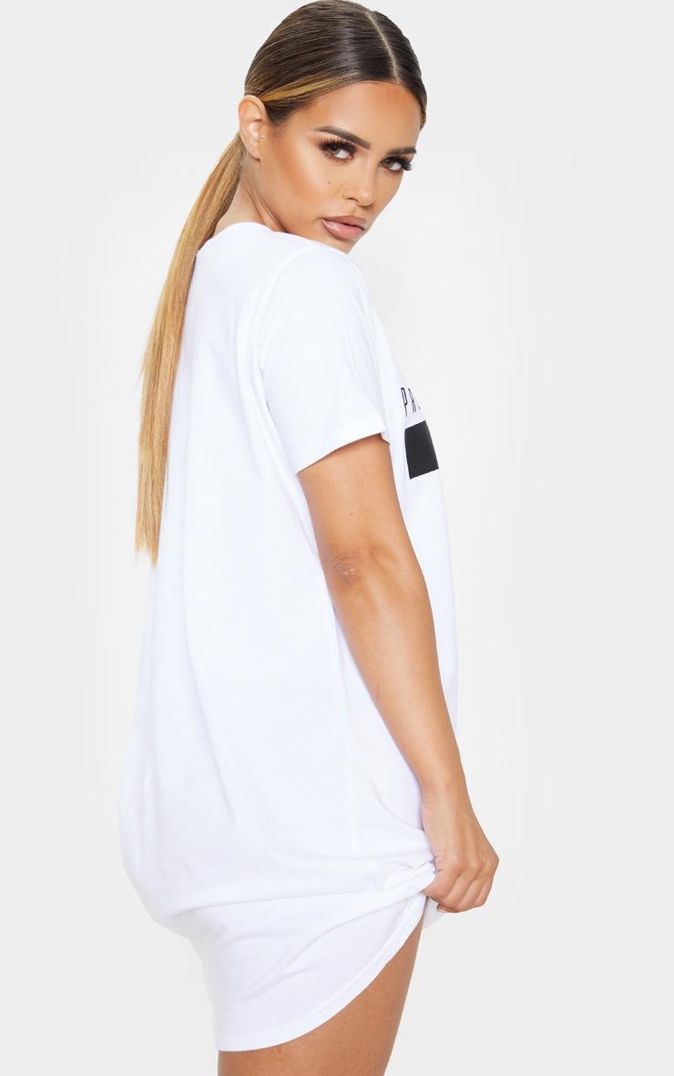 PRETTYLITTLETHING Petite White Printed T Shirt Dress  2